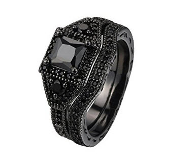Zealmer 2 PC Vintage Black Gun Gold Plated Princess Cut Black CZ Cubic Zirconia Halo Bridal Ring Set